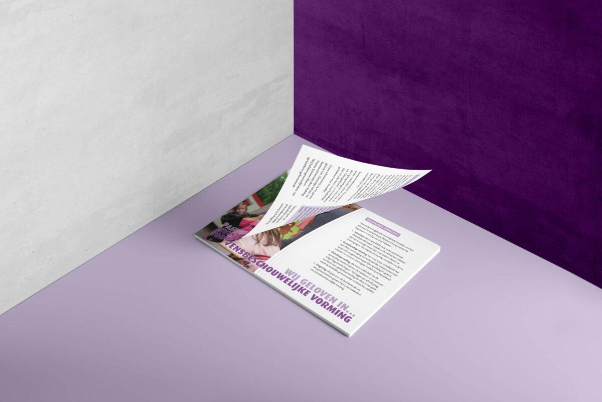 02-softcover-landscape-brochure